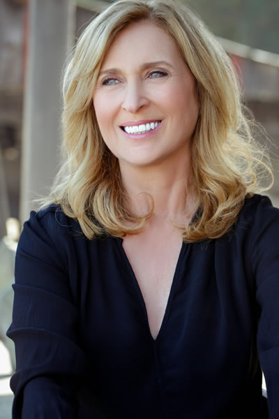Voice and Commercial Actor Kathy Goodin